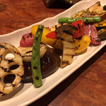 Soffa Tokyo - グリル野菜の白トリュフオイルかけ 1,380円