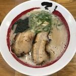 石田てっぺい - 料理写真:石田ラーメン680円