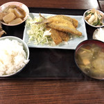 お食事処 みず - 本日のサービス定食のキスフライ   ¥500