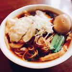 麺や豊 - 料理写真:ワンタン麺・大盛り+半熟煮卵