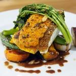 オンベリーコ - 鯛のソテーピーマンバターのソース