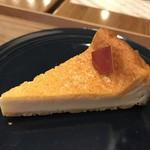 Ants' coffee company - ケーキコーヒーセット¥860(税込)のチーズケーキ
