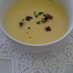 レストラン エピファニー - 選択した前菜、とうもろこしスープ