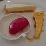 レストラン エピファニー - この日のデザート盛り合わせ