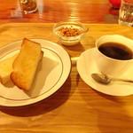 カフェ アロア -  モーニングA