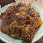 万豚記 - 牛の煮込みご飯
