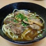 小松 - 料理写真:軟骨ソーキそば
