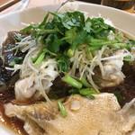 95421318 - 長崎産天然クエの香港風蒸し物(お魚の蒸し物はいつもお願いしています。お魚の種類は仕入れ次第。絶品です。この残り汁にご飯を投入し頂くのが至高の幸せです)