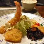 ちかさんの手料理 - 特選車エビフライとオホーツク海の天然ホタテ貝フライ