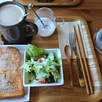 オレンチ カフェ - シナモンシュガートースト