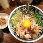 らーめん ほっぺ家 - 【2018/10】油そばと鶏そぼろ飯