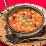 ブルガリアンダイニング トロヤン - 豆のスープ