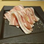 焼肉茶屋 みさわ - 豚バラ:脂をしっかり落として戴きました。