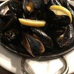 チャタンハーバーブルワリー&レストラン - ムール貝のビール蒸し