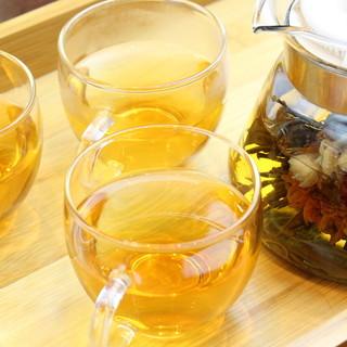 美しい本格中国茶を堪能して…。アルコールが苦手な方にも人気◎