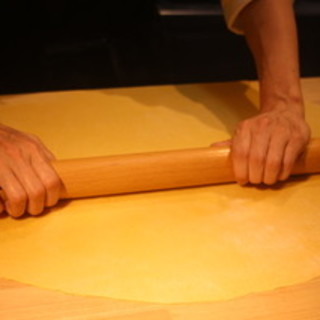 古き良き時代からイタリアの家庭で造られてきた手打ちのパスタを