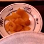 目利きの銀次 - 【2018.10.29(月)】日替わり定食(マーボー定食)700円の漬物