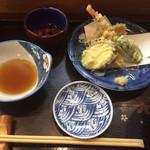 95461050 - 小鉢と天ぷら(おすすめランチ)