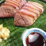 向井酒の店 - 料理写真:鴨ロース炭火焼