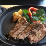 鷹山公 - 厚切りロースステーキ定食  100g  3,350円