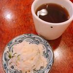 95464320 - ほうじ茶とポテトサラダ