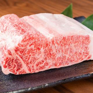 信州プレミアム牛肉にこだわる炭火焼肉屋。