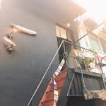 ヤタラ スパイス - 店内入口
