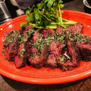 【ランチ】ボリューミー!!牛ハラミ肉のグリルが900円!!
