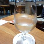 斗米庵 - 日本酒はグラスでのサービス