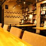 酒場食堂 もんぱち 坂ノ上 - 内観写真: