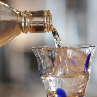 ドイツビールや奄美のお酒など、当店ならではのドリンクをご用意