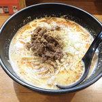 メンコウ ともや - 料理写真:こだわりの担々麺