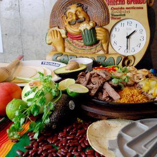 超本格メキシコ料理の数々