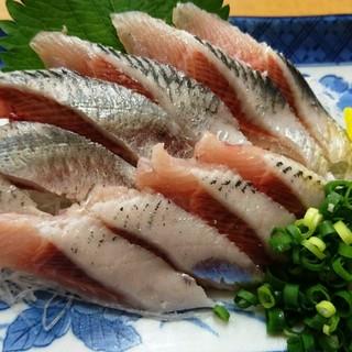 """毎日違うネタ続々入荷中!日替わりの""""魚料理""""で酒が進む!"""