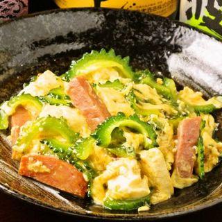 当店自慢の沖縄料理をご堪能下さい♪