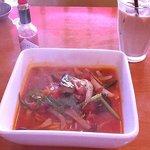 コンニチワ イタリアンデリ - たっぷり野菜のスープトマトスパゲティ