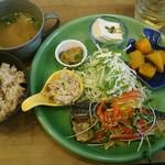 オモヤキッチン - 料理写真:日替わりランチ750円