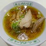 千草 - 料理写真:ラーメン650円
