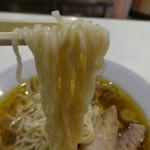 千草 - なめらかな中細麺