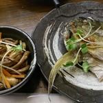 すいば - ゼンマイとお揚げの炊いたん150円、シマアジお頭焼き250円