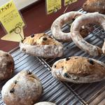 平野パン - ハード系もあります。