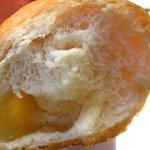 9550132 - 窯焼きバターフランスの断面