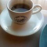 アンリー・ファルマン - セットドリンクのコーヒー