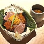 日本焼肉 はせ川 - 【お食事】和牛リブロースのにぎり 雲丹とこぼれいくら