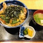 旬味和膳 季乃庄 - かつ丼もとってもボリュームたっぷり(*^◯^*)濃い目のお出汁で、疲れた身体に効く〜♪