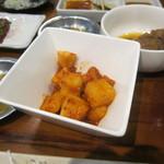 焼肉 永福苑 - 大根キムチ