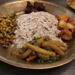 95515927 - ネワリカザセット 980円                       干し飯、緑豆、マトンのスパイス和え、ジャガイモのスパイス和え、青菜炒め、タケノコ