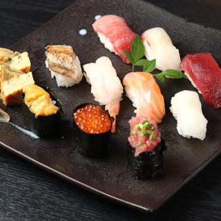 新鮮な海の幸をとくとご堪能あれ!リーズナブルなお寿司に舌鼓。