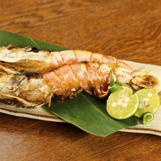 酒が進んで仕方ない!バラエティ豊かな贅沢魚料理で乾杯を。