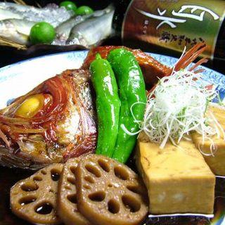 照り照りな仕上がり。豪快◆金目鯛の煮付け◆はヤミツキ必至!